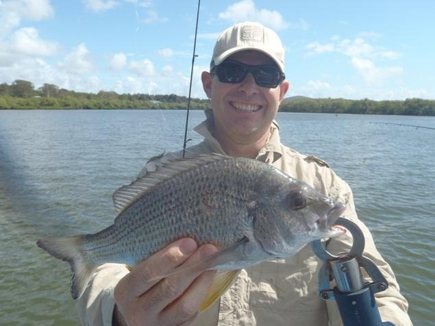 Anglers Advantage Fishing Charters Sunshine Coast-Bream-Guy Bridson